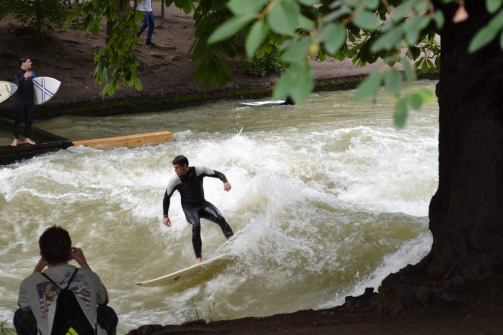 munich surfers