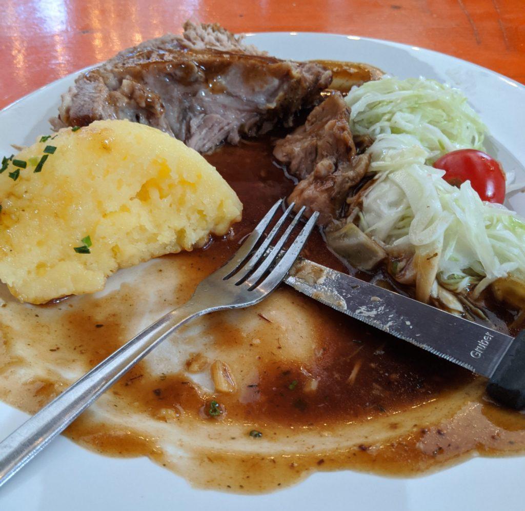 foods to eat in Germany: Schweinebraten