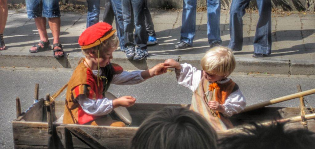 chenkinder furth im wald Kinder Fest for kids at the dragon festival