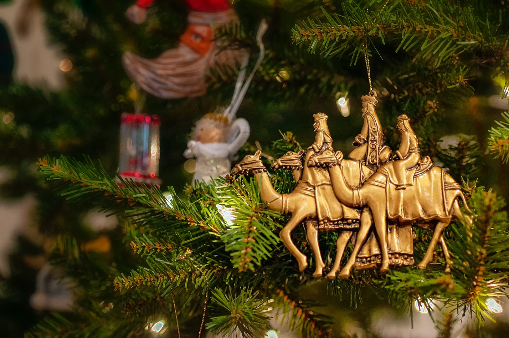 christmas traditions from germany: celebrating Ephiphany