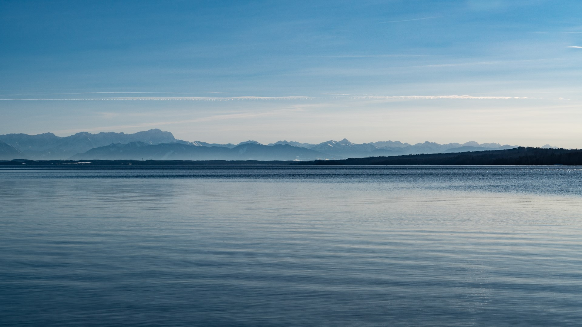 lakes in munich: starnberger see
