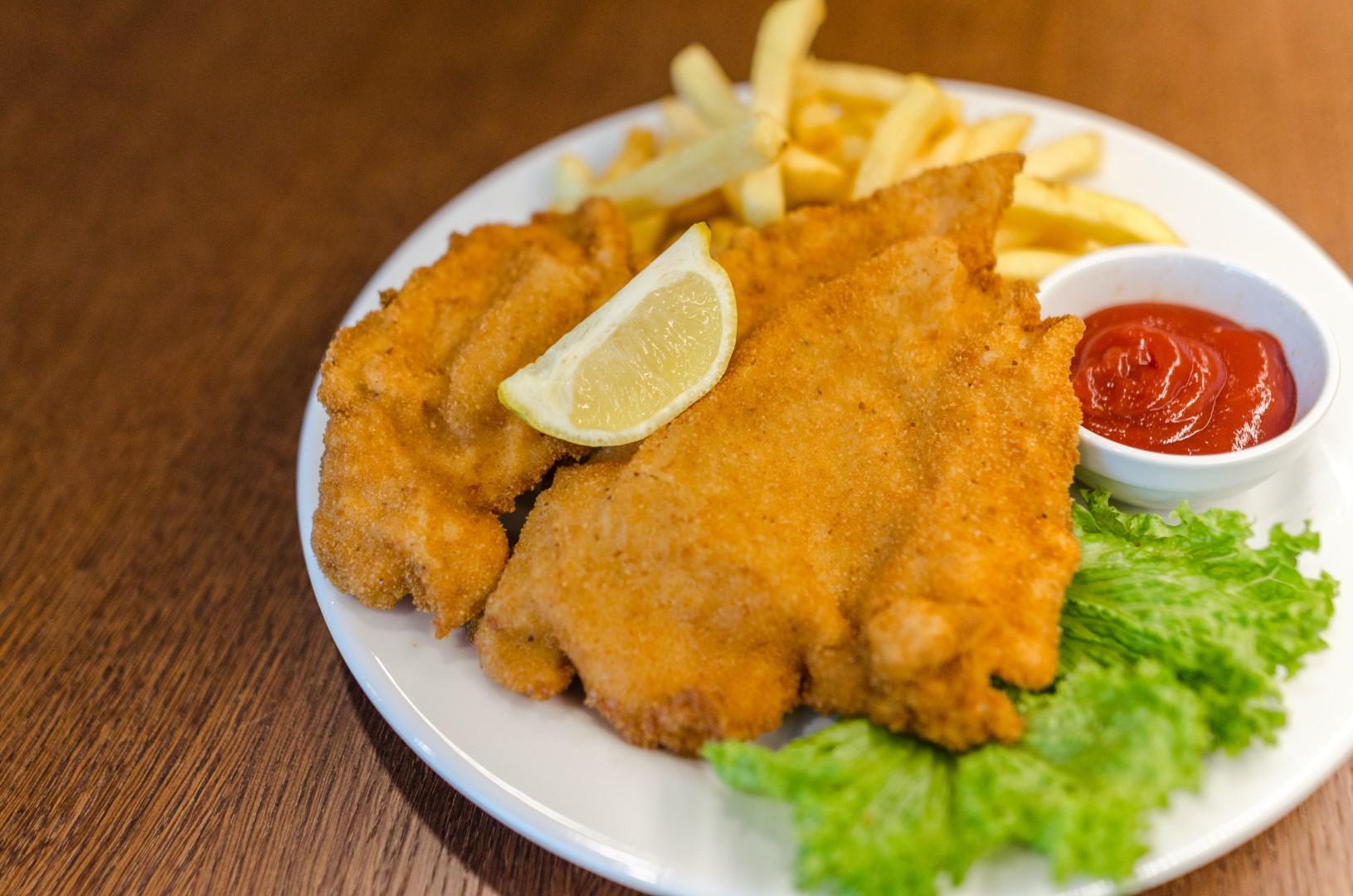 german food popular: Schnitzel