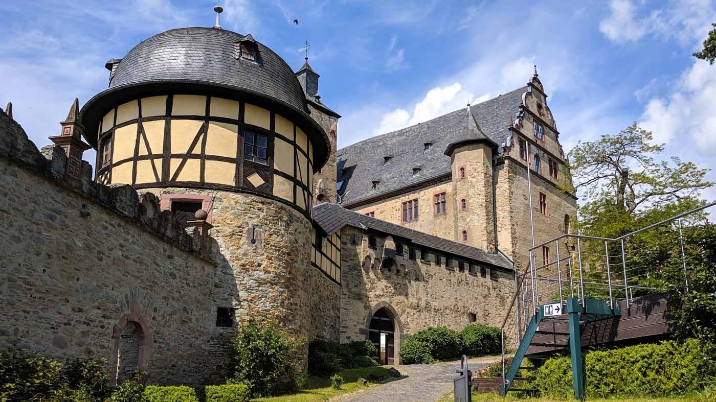 Castles near Frankfurt: Kronberg